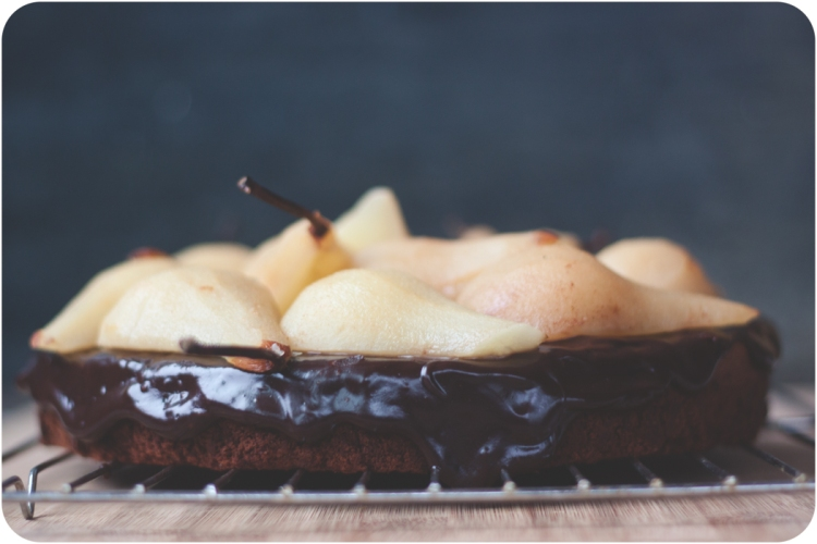 Choc Spice Cake with Poached Pears-2